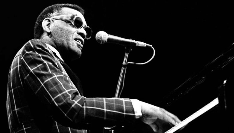 [Today In Music] Ray Charles - I Can't Stop Loving You