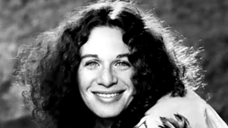[Today In Music] Carole King - It's Too Late / I Feel The Earth Move